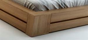 Lit moderne en bois massif wenge dispo en 140 160 et for Chambre à coucher adulte moderne avec matelas ferme 180x200