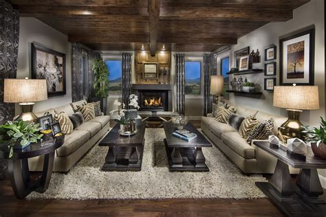 Home Interior : Celebrity Homes Pradera
