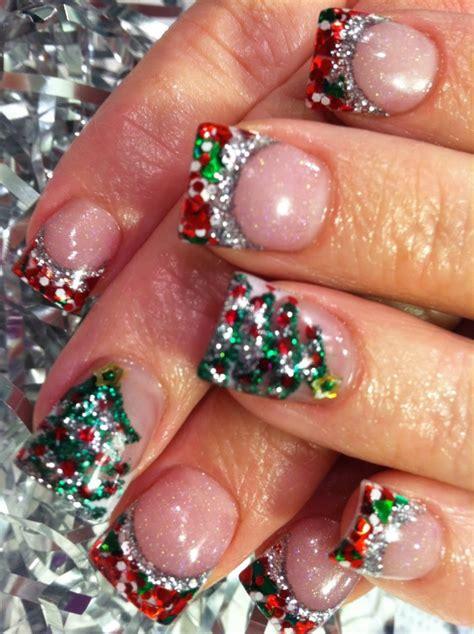 Маникюр на Новый год 91 фото идея красивого новогоднего дизайна ногтей