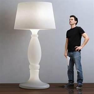 Lampadaire Design Italien : lampadaire agata design italien 180cm myyour salon du design milan 2015 ~ Teatrodelosmanantiales.com Idées de Décoration