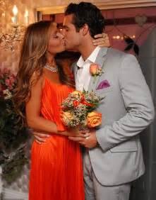 wedding registry new york uchitel asks friends for 1029 stroller and 300