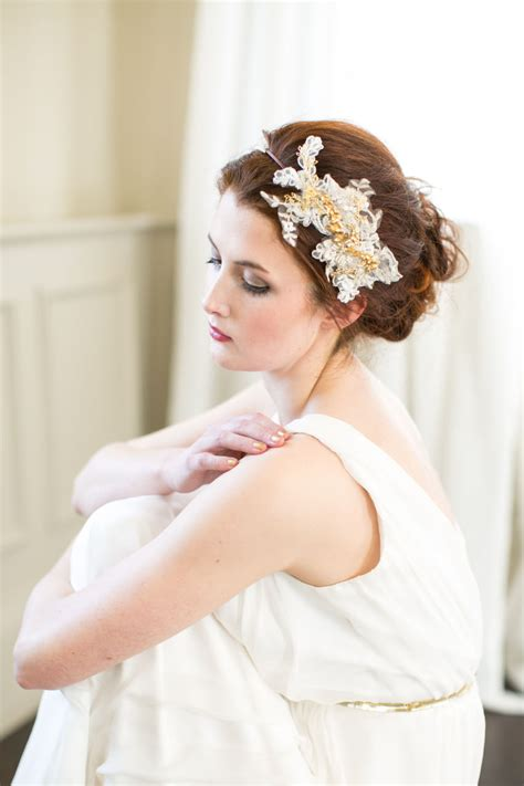 Gold Orchid Lace Headpiece - Victoria Millesime