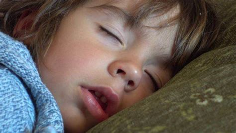 sleeping  mouth open   stop mouth breathing