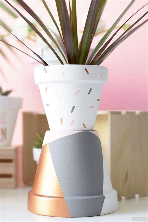 d 233 co diy petits pots de fleurs graphiques c by clemence