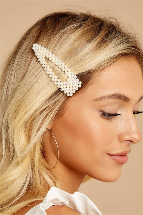 Pearls Hair Pin Set of Three in 2020 Clip hairstyles