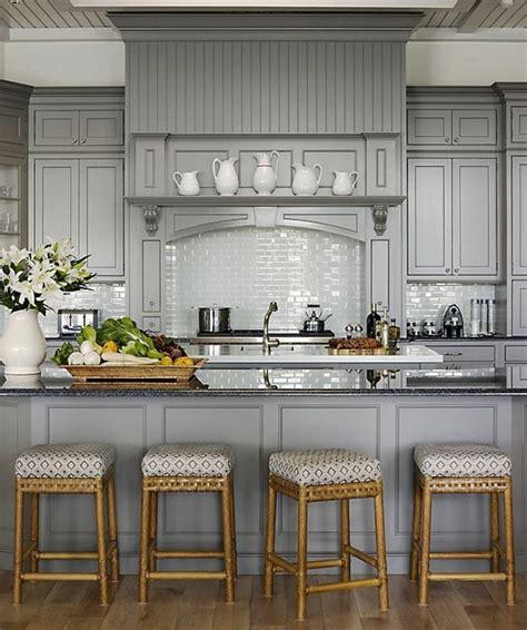 relooker table de cuisine comment repeindre une cuisine idées en photos