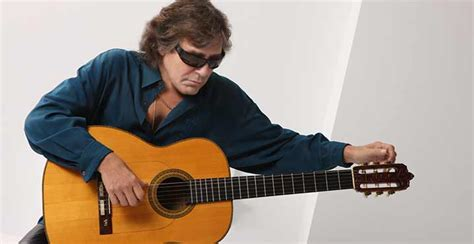 jose feliciano information jose feliciano feliz navidad show the village green