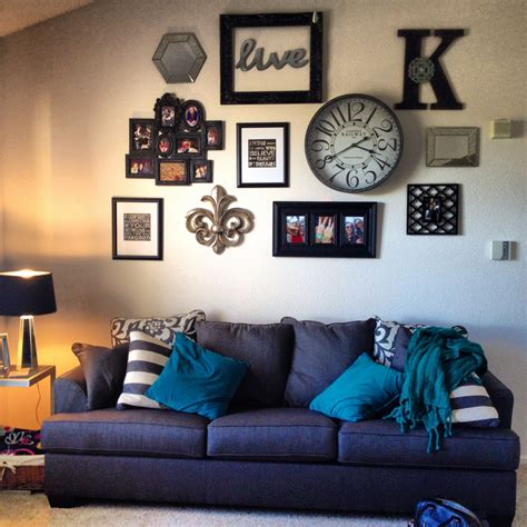 It strikes a rectangular silhouette that can be hung vertically over the sofa or over the bed in the main bedroom or guest room. Ideas For Wall Hangings Behind Couch   Room wall decor, Home, Wall behind couch