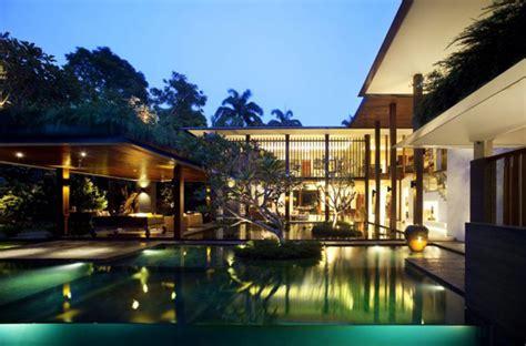 Indoor / Outdoor Architecture