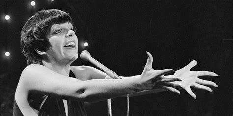 liza minnelli turns a l it s liza minnelli s birthday stage and screen legend