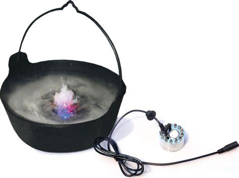 chaudron pour cuisiner fumée et lumière led deguise toi achat de decoration animation