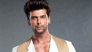 On This Valentine's Day, Kushal Tandon 'bleeds' RED