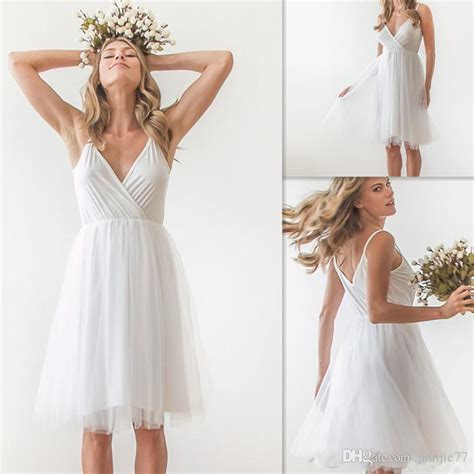 Discount Simple Short Wedding Dresses 2017 White Chiffon Sexy V Neck Tulle Knee Length Bridal
