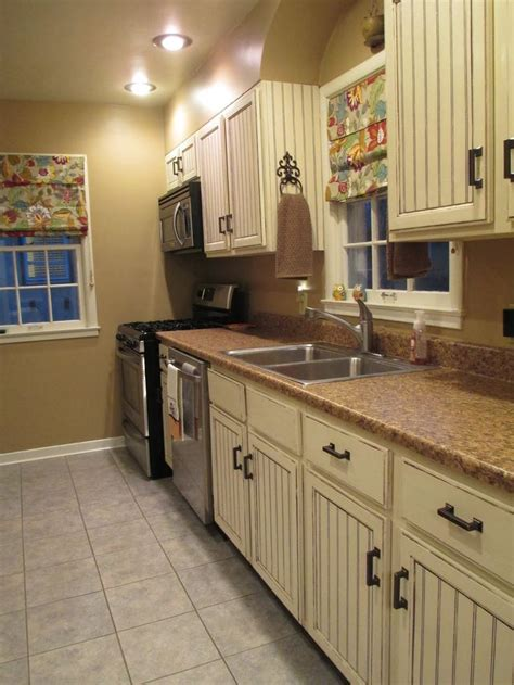 kitchen counter makeover update we ve repainted again so for updated photos 3438