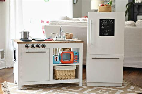 Kids Play Kitchen   buildsomething.com