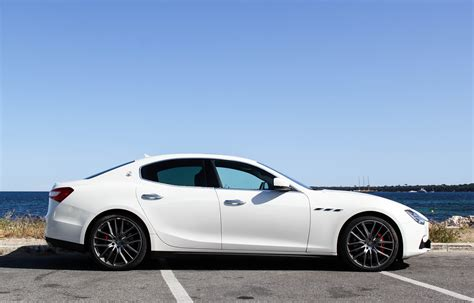 aaa luxury sport car rental hire maserati ghibli rent maserati ghibli aaa luxury