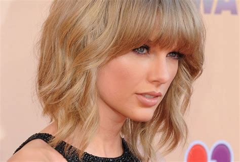 No Taylor Swift Without Makeup