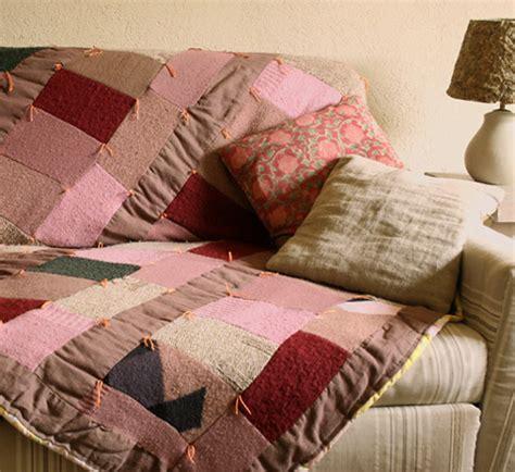 jete de canape plaid en pulls esprit cabane idees creatives et ecologiques