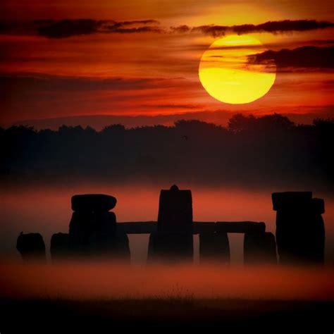 stonehenge sunset ipad retina wallpaper stonehenge