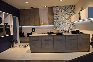 Nolte Küchen Löhne : nolte musterk che moderne beton k che g form ausstellungsk che in berlin von k chenb rse berlin ~ Markanthonyermac.com Haus und Dekorationen