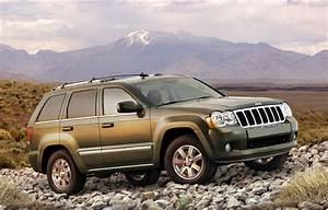 2007 La Auto Show  Chrysler Expands Jeep Grand Cherokee