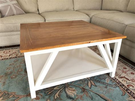 Modern farmhouse coffee tables might be difficult to tell apart from other styles, although it's really simple if we consider these two rules: Modern Farmhouse Square Coffee Table - buildsomething.com