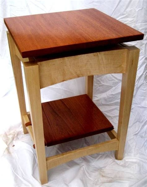 hand  mahogany  maple floating top side table