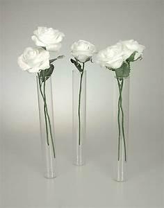 Vase En Verre Pas Cher : lot de 3 mini vases eprouvettes tube avec 5 roses noel ~ Teatrodelosmanantiales.com Idées de Décoration