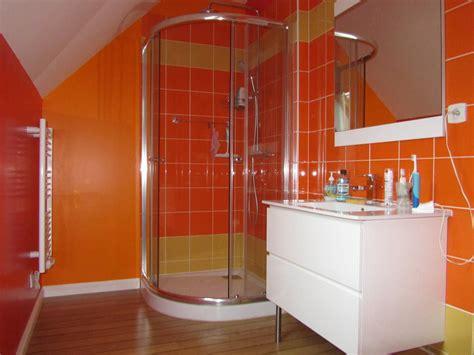 salle de bains coloree une salle de bain color 233 e bricobistro