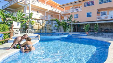 belize honeymoon vacations honeymoon in belize belize honeymoon adventure