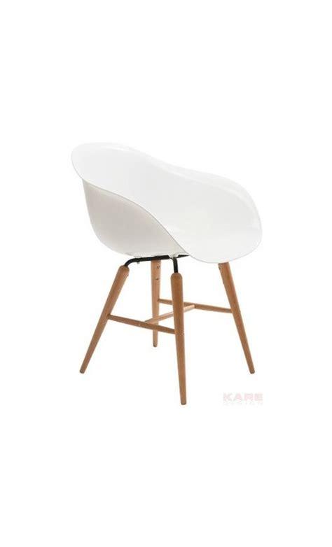 chaise forum blanche pieds en bois pas cher