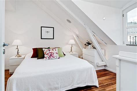 schlafzimmer ideen dachschräge schlafzimmer mit dachschr 228 ge gem 252 tlich gestalten freshouse
