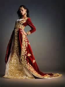 robe mariage algerien styliste malika negafa algérienne ile de créatrice