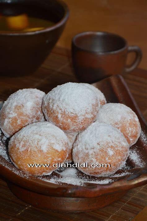 Cream cheese, coklat curnchy, blueberry. Blog Diah Didi berisi resep masakan praktis yang mudah dipraktekkan di rumah. | Resep donat ...