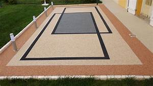 tapis de pierre home profr With revetement tour de piscine 7 nidagravel les dalles et plaques nidagravel dalle