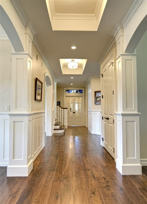 what color are walls and molding