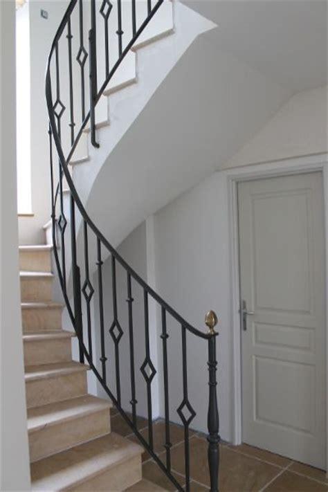 best 25 escalier fer ideas on escalier bois metal espace vide and table bois et fer