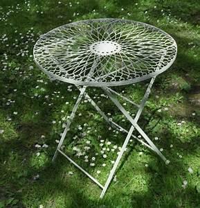 Gartentisch Metall Rund : romantischer gartentisch rund aus metall metalltisch eisentisch tisch ebay ~ Yasmunasinghe.com Haus und Dekorationen