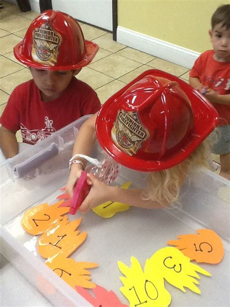 great activity for a firefighter theme week at preschool 867 | 7ed482511c1524ad374d2b424d40c10d