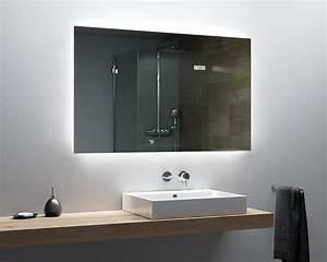 Badezimmer Stinkt Nach Kanalisation : led badspiegel mit beleuchtung nach ma spiegelando ~ Orissabook.com Haus und Dekorationen