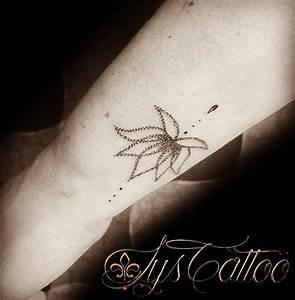 Signification Animaux Tatouage : tatouage poignet femme fleur de lotus perles et goutte d 39 eau dotwork by lys tattoo ~ Dode.kayakingforconservation.com Idées de Décoration