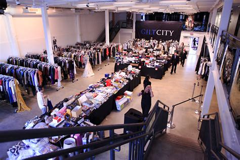 nyc sample sale guide  weeks retail therapy