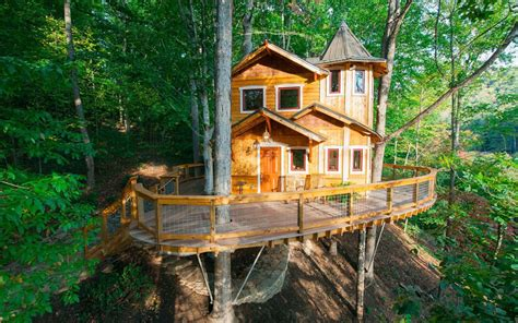 treehouse cabins asheville nc the best airbnbs to rent for fall foliage views travel