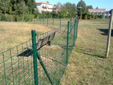 recinzioni per gatti giardino reti per recinzioni giardino pannelli termoisolanti