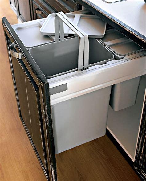 tiroir poubelle cuisine meuble poubelle sagne cuisines
