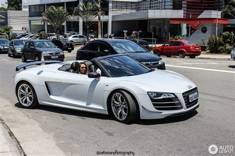 audi  gt spyder  july  autogespot