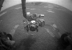 Mars rover surpasses Viking 1's longevity record