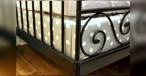 cover  box spring  fabric  coordinate  bedding
