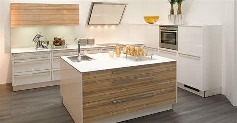 cuisine intégré meuble cuisine avec evier integre ilot central cuisine