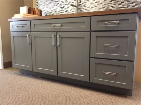 shaker style doors kitchen cabinets armstrong cabinets trevant 5 door style in the slate 7915